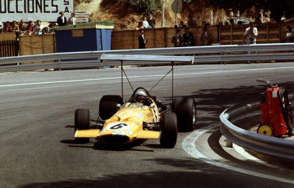 1969 Spanish Grand Prix.Monjuich Park, Barcelona, Spain.2-4 May 1969.Bruce McLaren (McLaren M7A Ford) 2nd position.Ref-69 ESP 08.World Copyright - LAT Photographic