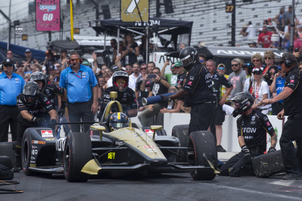 Marcus Ericsson, Arrow Schmidt Peterson Motorsports Honda, wins final round of pit stop competition