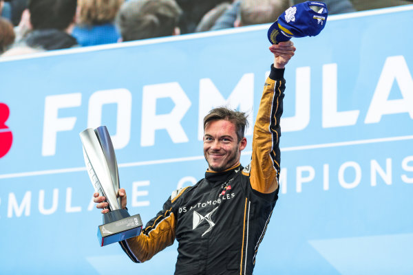 Andre Lotterer (DEU), DS TECHEETAH, 2nd position, celebrates on the podium