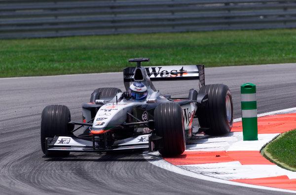 2001 Malaysian Grand Prix.Sepang, Kuala Lumpur, Malaysia. 16-18 March 2001.Mika Hakkinen (McLaren MP4/16 Mercedes) 6th position.World Copyright - Steve Etherington/LAT Photographic.ref: 18mb Digital Image