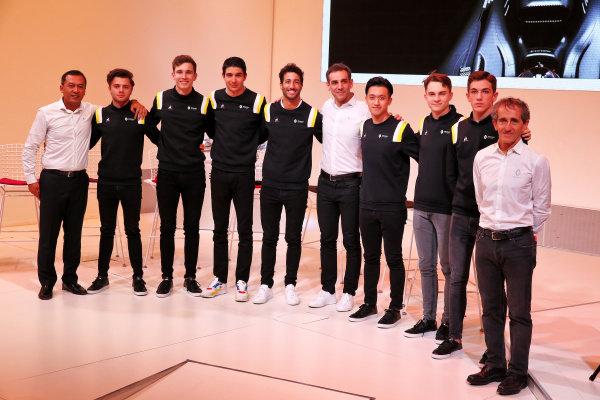 (L to R): Mia Sharizman (MAL) Renault Sport Academy Director; Max Fewtrell (GBR) Renault Sport Academy Driver; Christian Lungaard (DEN) Renault Sport Academy Driver; Esteban Ocon (FRA) Renault F1 Team; Daniel Ricciardo (AUS) Renault F1 Team; Cyril Abiteboul (FRA) Renault Sport F1 Managing Director; Guanyu Zhou (CHN) Renault Sport Academy Driver; Oscar Piastri (AUS) Renault Sport Academy Driver; Hadrien David (FRA) Renault Sport Academy Driver; Alain Prost (FRA) Renault F1 Team Non-Executive Director. Copyright: James Moy/XPB/Renault F1