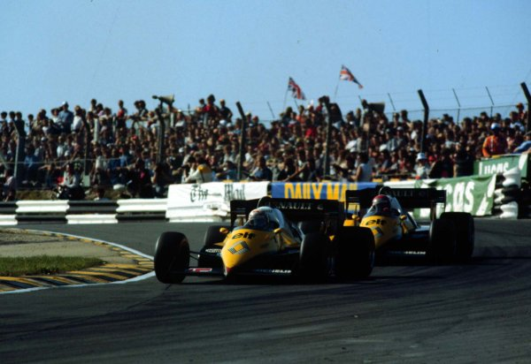 1983 European Grand Prix.Brands Hatch, England.23-25 September 1983.Alain Prost leads Eddie Cheever (both Renault RE40). Prost finished in 2nd position. 