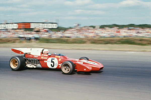 1971 British Grand Prix.  Silverstone, England. 15-17th July 1971.  Clay Regazzoni, Ferrari 312B2.  Ref: 71GB38. World Copyright: LAT Photographic