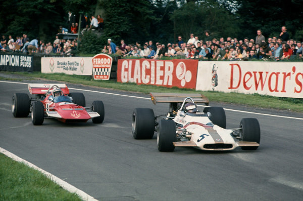 1970 International Gold Cup.  Oulton Park, Cheshire, England. 22nd August 1970.  Jackie Oliver, BRM P153, leads John Surtees, Surtees TS7 Ford.  Ref: 70GC02. World Copyright: LAT Photographic