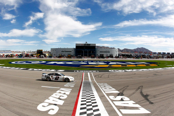 7-9 March, 2014, Las Vegas, Nevada USA Brad Keselowski drives under the checkered flag to win ©2014, Russell LaBounty LAT Photo USA
