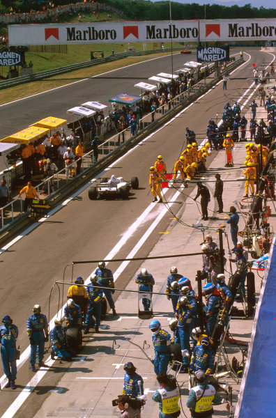 Hungaroring, Hungary.8-10 August 1997.A view of the Hungaroring pitlane, with Rubens Barrichello (Stewart SF1 Ford) about to come in.Ref-97 HUN 33.World  Copyright - LAT Photographic