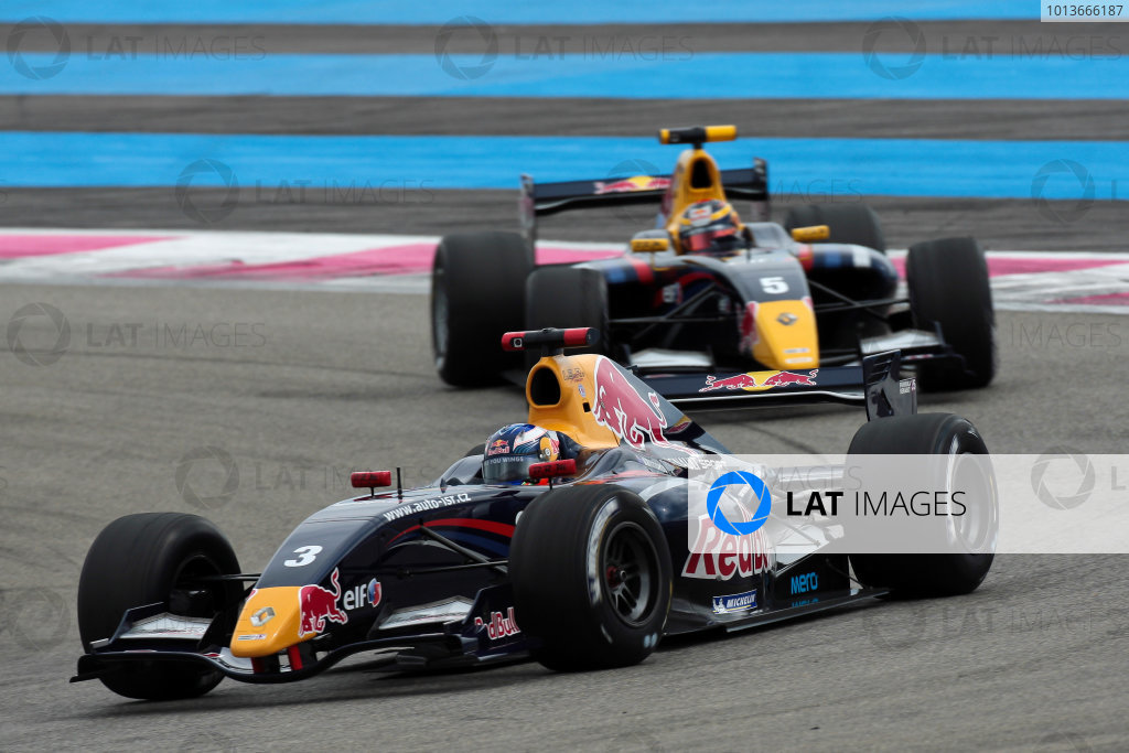PAUL RICARD (FRA) SEP 16-18 2011 - Round 6 of the Formula Renault 3 5 race 2011 at Paul Ricard. Daniel Ricciardo (AUS), #3 ISR. Action. © 2011 Diederik van der Laan / LAT Photographic