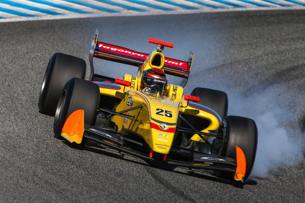 JEREZ (ESP) MRT 4-6 2015 - First collective test of the World Series by Renault 2015 at Circuito Permanente de Jerez. Sean Galeal #25 Jagonya Ayam with Carlin. Action. © 2015 Diederik van der Laan  / Dutch Photo Agency / LAT Photographic