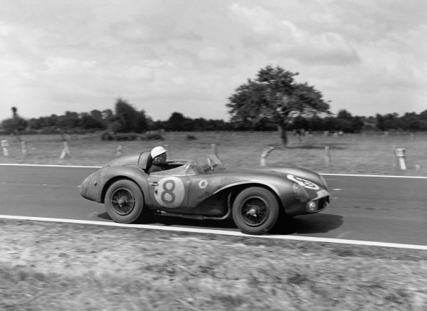 Le Mans, France. 28th - 29th July 1956.Stirling Moss / Peter Collins (Aston Martin DB3S), 2nd position, action. World Copyright: LAT Photographic.Ref:  Autocar Glass Plate C47611.