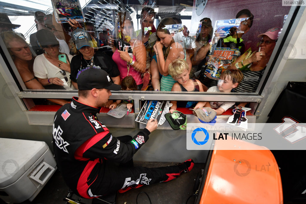 30 June-2 July, 2016, Daytona Beach, Florida USA Denny Hamlin, FedEx Toyota Camry ?2016, Logan Whitton  LAT Photo USA