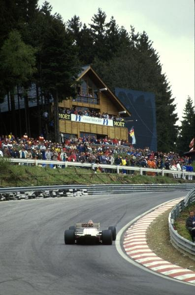 Eddie Cheever(USA) Arrows A10, 4th place at Eau Rouge corner