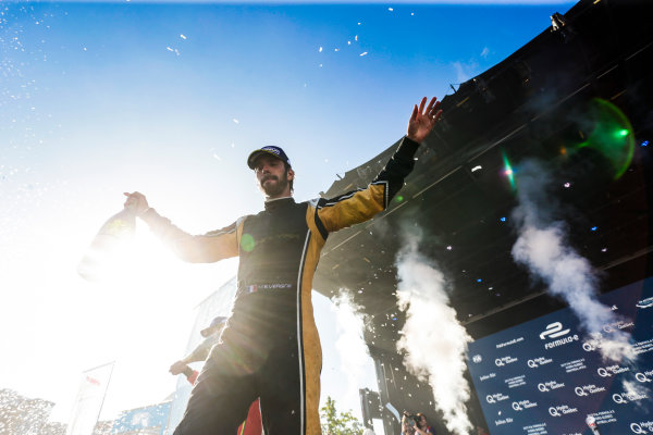 2016/2017 FIA Formula E Championship. Round 11 - Montreal ePrix, Canada Saturday 29 July 2017. Jean-Eric Vergne (FRA), Techeetah, Spark-Renault, Renault Z.E 16, celebrates on the podium. Photo: Andrew Ferraro/LAT/Formula E ref: Digital Image _FER4523