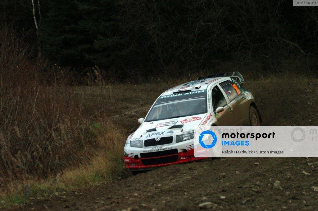 Jan Kopecky (CZE) on Stage 10. Wales Rally GB Day 2, Cardiff, Wales. 2 December 2006. DIGITAL IMAGE