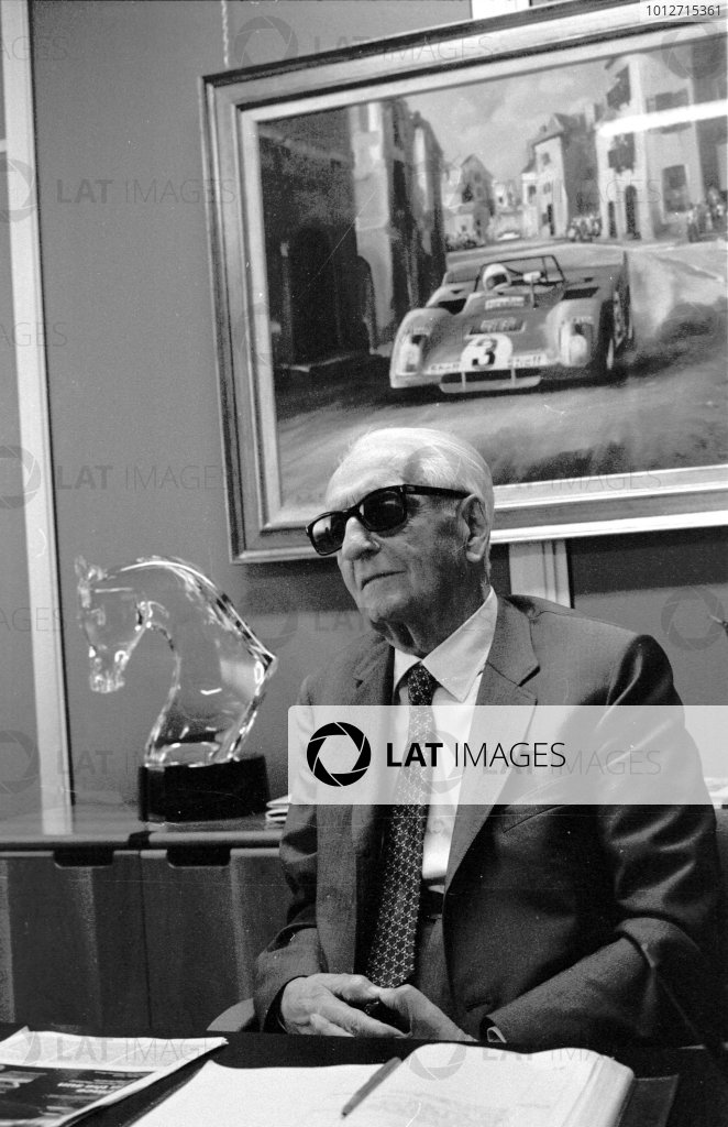 1983 Enzo Ferrari. Enzo Ferrari sits at his office desk at the Ferrari factory in Maranello, Italy. Portrait. World Copyright: LAT Photographic Ref: 83-406A-24.