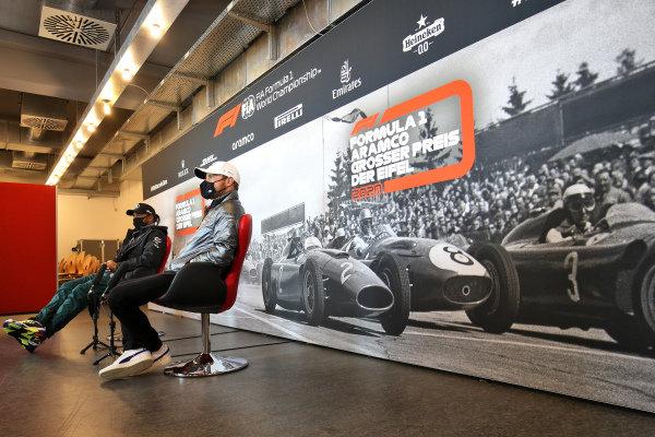 Valtteri Bottas, Mercedes-AMG Petronas F1 and Lewis Hamilton, Mercedes-AMG Petronas F1 in the press conference