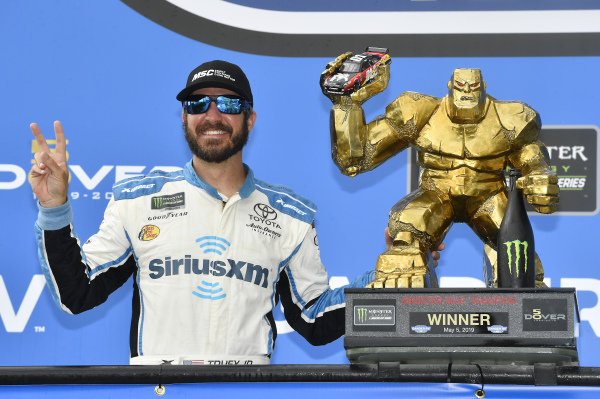 #19: Martin Truex Jr., Joe Gibbs Racing, Toyota Camry Sirius XM wins at Dover
