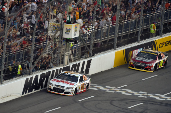 24-26 October, 2014, Martinsville, Virginia USA Dale Earnhardt Jr crosses the finish line under the checkered flag for the win, Jeff Gordon ?2014, Scott R LePage  LAT Photo USA