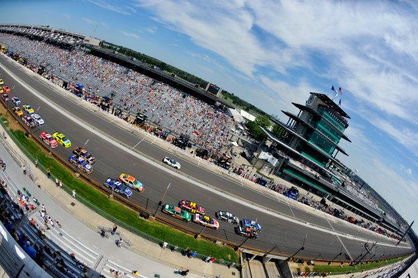 28-29 July, 2012, Indianapolis, Indiana USABrad Keselowski restart(c)2012, LAT SouthLAT Photo USA