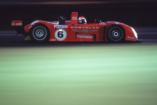 2000 Le Mans 24 Hours. Le Mans, France. 17-18 June 2000. Didier Theys/Jeremy van Hooydonk/Andre (ORECA Reynard 2KQ-LM-Chrysler Mopar). World Copyright: LAT Photographic. Ref:  00LM09.