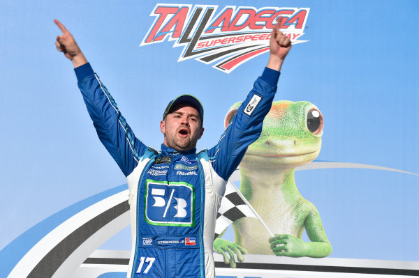 Monster Energy NASCAR Cup Series GEICO 500 Talladega Superspeedway, Talladega, AL USA Sunday 7 May 2017 Ricky Stenhouse Jr, Roush Fenway Racing, Fifth Third Bank Ford Fusion, celebrates in victory lane. World Copyright: Rusty Jarrett LAT Images ref: Digital Image 17TAL1jh_05072