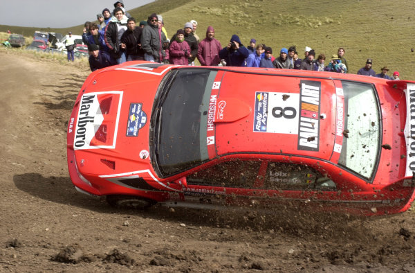 2001 World Rally Championship. ArgentinaMay 3rd-6th, 2001Freddy Loix rolling on stage seven; loosing not much time after spectators righted the car.Photo: Ralph Hardwick/LAT