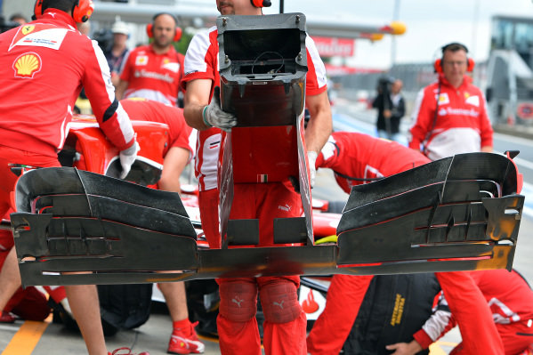 Nose change for Ferrari F138. Formula One World Championship, Rd9, German Grand Prix, Practice, Nurburgring, Germany, Friday 5 July 2013.