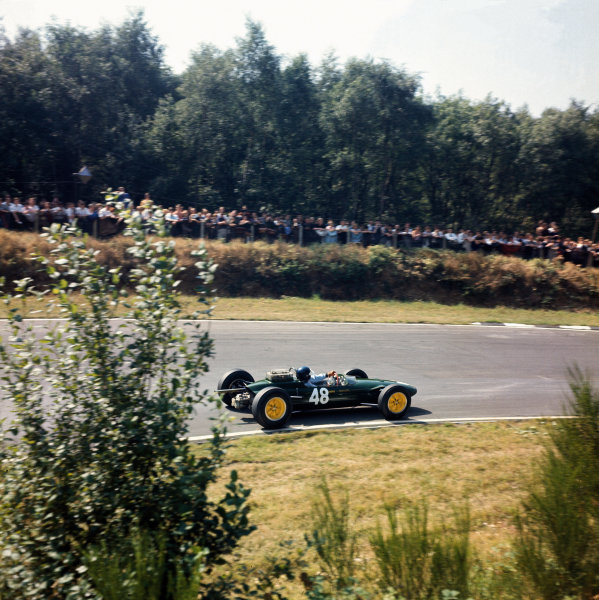 British Eagle Trophy.  Brands Hatch, England. 3rd August 1964.  Jim Clark, Lotus 32-Cosworth, 1st position. World Copyright: LAT Photographic