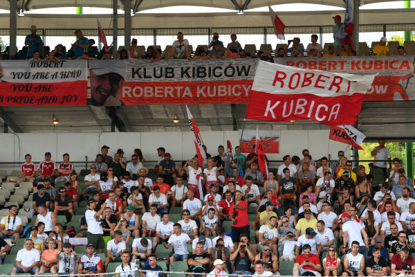 Hungaroring, Budapest, Hungary.  Wednesday 2 August 2017. Fans of Robert Kubica, Renault, in the grandstand. World Copyright: Mark Sutton/LAT Images  ref: Digital Image SUT_Hungarian_F1_T_1516192