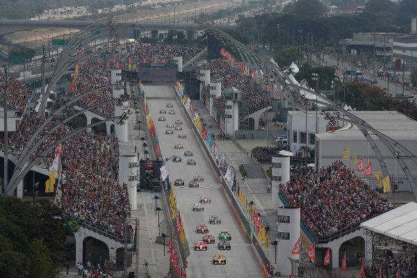 4-5 May, 2013, Sao Paulo, Brazil Ryan Hunter-Reay leads into turn 1 at the start © 2013, Michael L. Levitt LAT Photo USA.
