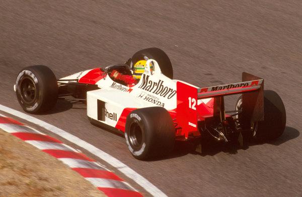 Suzuka, Japan.28-30 October 1988.Ayrton Senna (McLaren MP4/4 Honda) 1st position.Ref-88 JAP 12.World Copyright - LAT Photographic