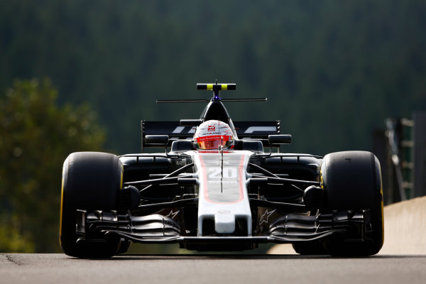Spa Francorchamps, Belgium.  Friday 25 August 2017. Kevin Magnussen, Haas VF-17 Ferrari.  World Copyright: Andy Hone/LAT Images  ref: Digital Image _ONZ8606