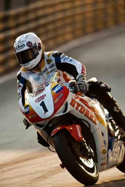 19th - 22nd November 2009. Circuit de Guia, Macau. Stuart Easton, (Hydrex IGT Honda). Action. World Copyright: Drew Gibson/LAT Photographic.ref: Digital Image VY9E0640