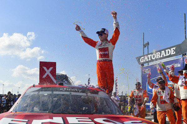 #42: Kyle Larson, Chip Ganassi Racing, Chevrolet Camaro ENEOS celebrates in victory lane after winning