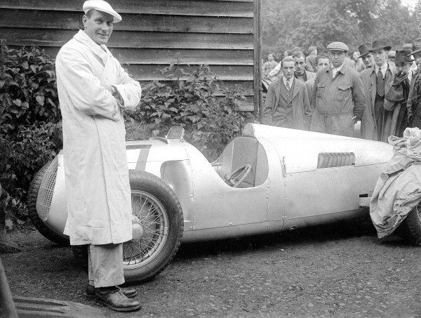Hans Stuck (Auto Union C), portrait. 