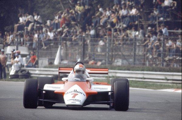 1982 Italian Grand Prix.Monza, Italy.10-12 September 1982.John Watson (McLaren MP4/1B Ford) 4th position, action.World Copyright - LAT Photographic