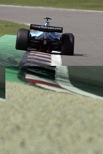 2007 European Grand Prix - Saturday QualifyingNurburgring, Germany.21st July 2007.Rubens Barrichello, Honda RA107. Action. World Copyright: Charles Coates/LAT Photographicref: Digital Image MB5C5415