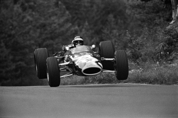Jackie Oliver, Lotus 48 Ford (F2).