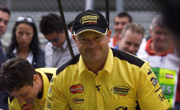 2001 Austrian Grand Prix.A1-Ring, Zeltweg, Austria.11-13 May 2001.Ex Eastender Ross Kemp joins the Jordan Honda team.World Copyright - Steve Etherington/LAT PhotographicRef:18mb Digital Image
