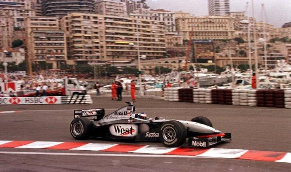 1998 Monaco Grand Prix.Monte Carlo, monaco.21-24 May 1998.Mika Hakkinen (McLaren MP4/13 Mercedes-Benz) 1st position.World Copyright - LAT Photographic