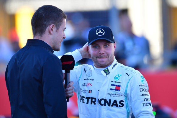 Paul di Resta, Sky Sports F1, interviews pole man Valtteri Bottas, Mercedes AMG F1