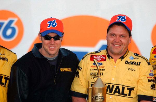 2002 NASCAR North Carolina,USA November 1-3, 2002 Pop Secret 400, North Carolina Speedway-Matt Kenseth and Robbie Reiser win the pitstop contest-Robt LeSieur2002LAT Photographic