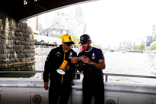 Daniel Ricciardo, Renault and Lewis Hamilton, Mercedes AMG F1 on the way to the Federation Square event.
