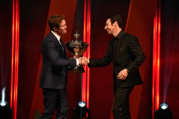 4 October, 2016, Indianapolis, Indiana USA Scott Dixon hands the Astor Cup to Simon Pagenaud ?2016, Walt Kuhn LAT Photo USA