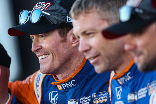 Champion Scott Dixon celebrating, Chip Ganassi Racing Honda