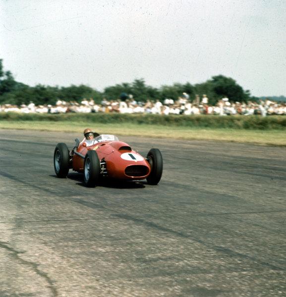 1958 British Grand Prix. Silverstone, England. 17-19 July 1958. Peter Collins (Ferrari Dino 246) 1st position. Ref-3/0101. World Copyright - LAT Photographic