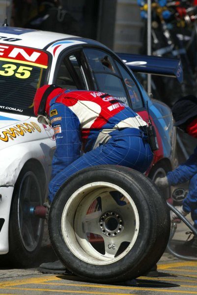 2002 Australian V8 SupercarsAdelaide Clipsal 500. Australia. 17th March 2002Holden driver in the pits for a tyre change during Race 2 of the Clipsal 500.World Copyright: Mark Horsburgh/LAT Photographicref: Digital Image Only