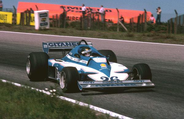 1977 Swedish Grand Prix.Anderstorp, Sweden.17-19 June 1977.Jacques Laffite (Ligier JS7 Matra) 1st position.Ref-77 SWE 13.World Copyright - LAT Photographic