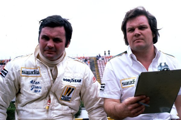 Alan Jones (AUS) (left) Williams retired with fuel vaporisation in the race. He is with Williams Technical Director and designer Patrick Head (GBR).Argentinean Grand Prix, Buenos Aires, January 15 1978.
