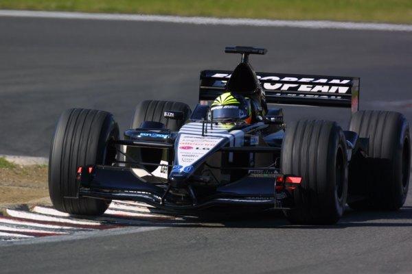2001 European Grand Prix. RACENurburgring, Germany. 24th June 2001Tarso Marques, European Minardi PS01, action.World Copyright - LAT Photographicref: 8 9 MB Digital File Only