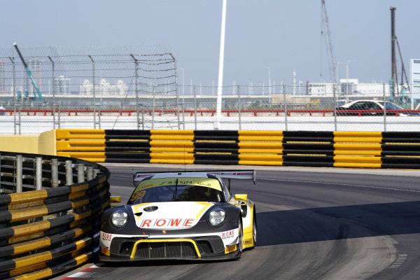#99 ROWE Racing Porsche 911 GT3 R: Laurens Vanthoor.